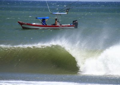 Nicaragua waves.